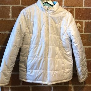 Reversible lightweight puffer coat